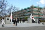 2012年4月6日 入学式正門前にて