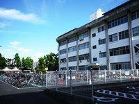 駐輪場に自転車が増えてきました。